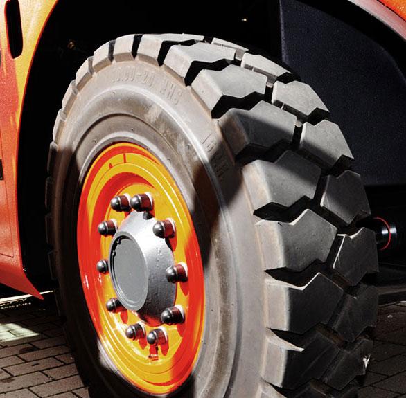 Cova Claudio & Figli gomme snc - Movimentazione industriale - Gomme pneumatiche